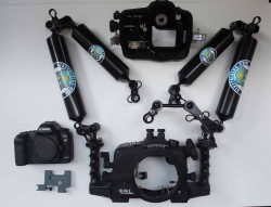 Aquatica Housing + Canon 5D Mark II For Sale
